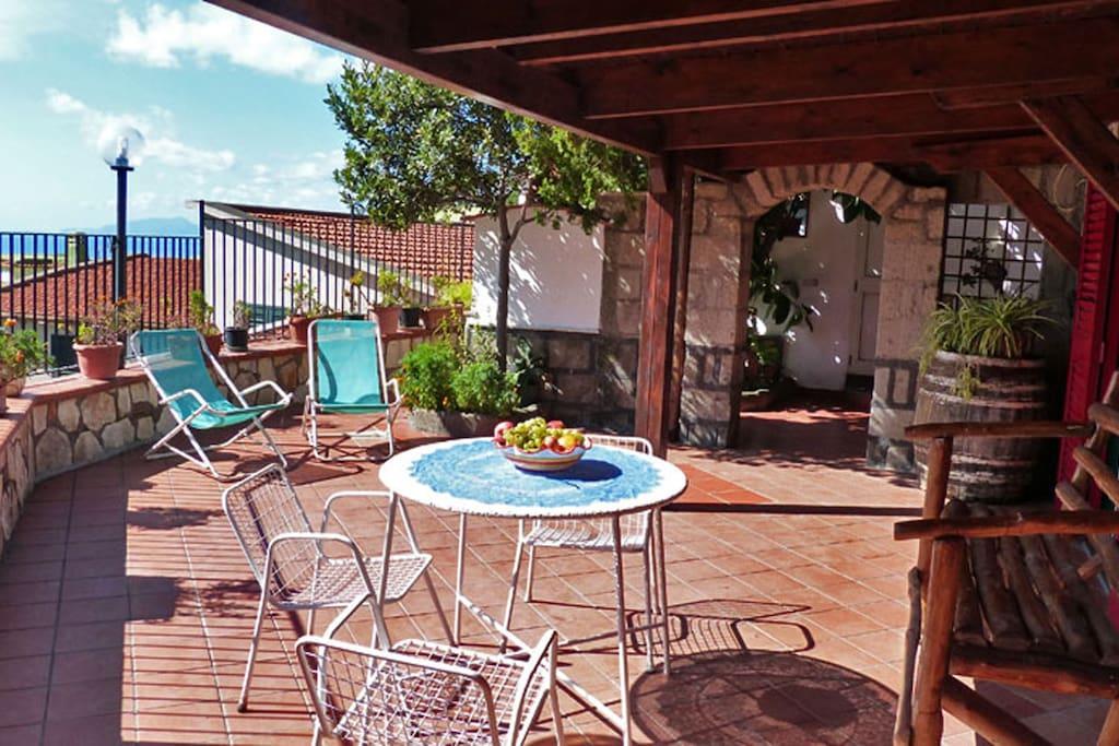 02 Casetta Conca terrace