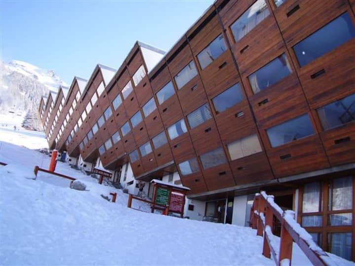 ARC 1600 - Studio skis aux pieds