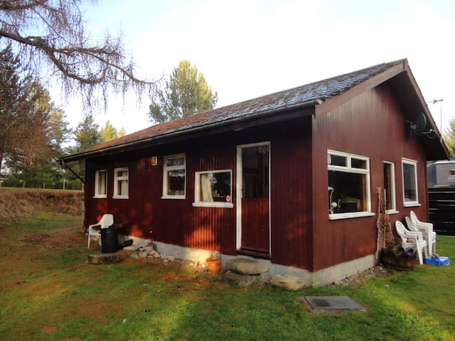 Mondhuie Self-Catering Chalet