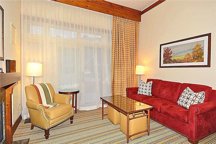 Stowe Mountain Lodge First Floor Studio - complimentary Valet parking