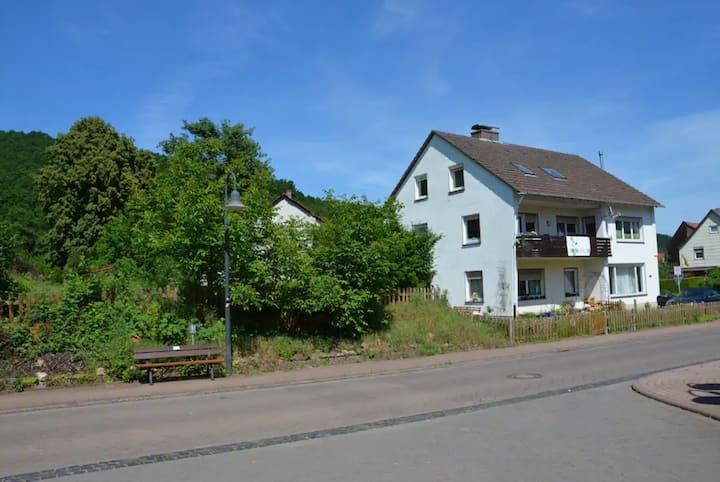 10 Zimmer-Gruppenhaus im Herzen von Deutschland