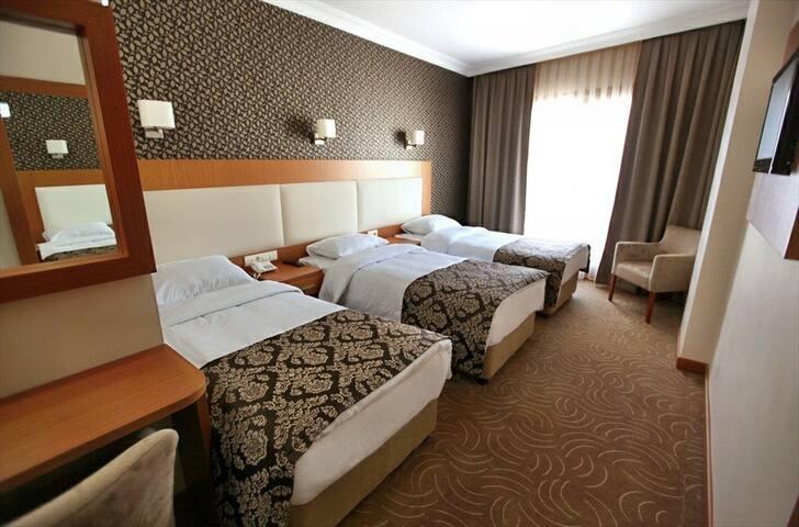 Grand Hotel Avcılar - Avcılar - Bed & Breakfast