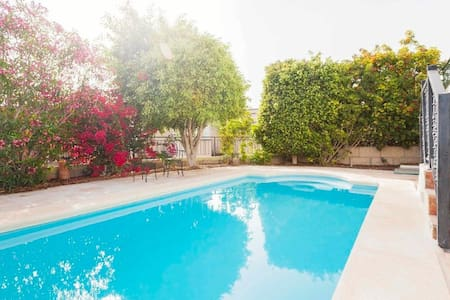Private pool, large 3br villa, sunset & ocean view