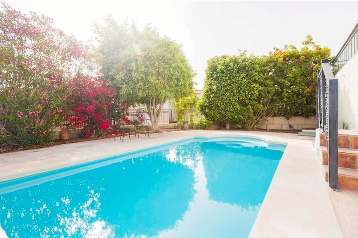Private pool, 3br, sunset & ocean view *reduced*