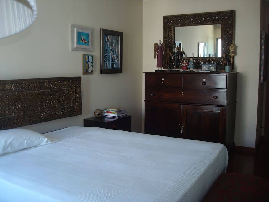 Great suite room chambres d 39 h tes louer porto for Chambre d hote portugal