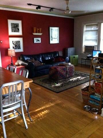 Suite in Artist's Home