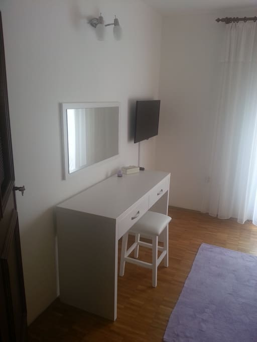 Bedroom - Beauty corner, mirror, SAT TV