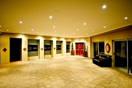 Accomodation fit for a King & Queen - Centurion