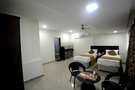 Studio Room in Goregoan East - Bombai - Pis