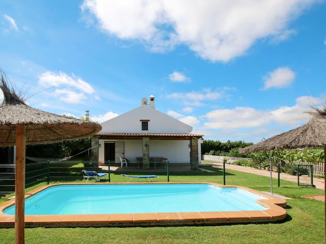 Beautiful country house Amado with relaxing pool area, located in a peaceful rural setting