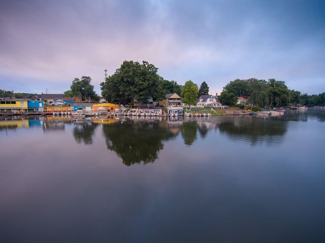 The Portage Lakes Nautical House - Akron - Casa