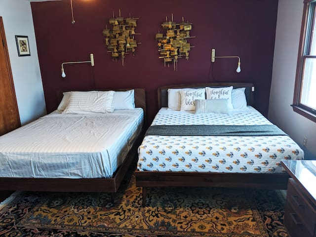 Two comfortable queen beds, sleeps four people.