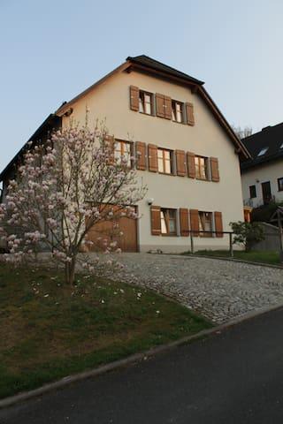 """Ferienwohnung """"Am Trögers Berg"""""""