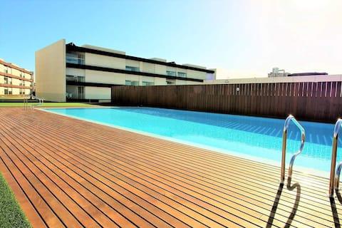 Apartamento de Praia moderno com SPA e piscinas