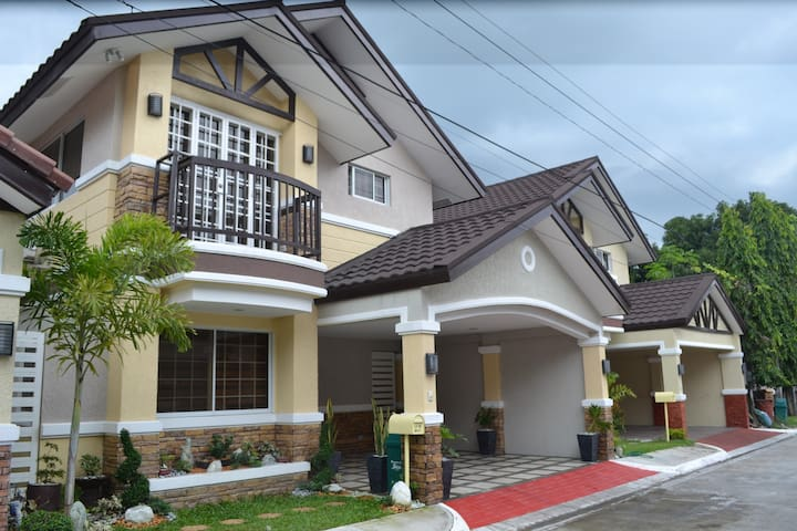 Brand New Fully Furnished Villa in Mabalacat
