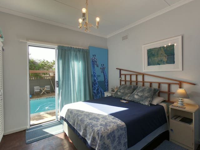 Pool side Double with ensuite (Blue Room)