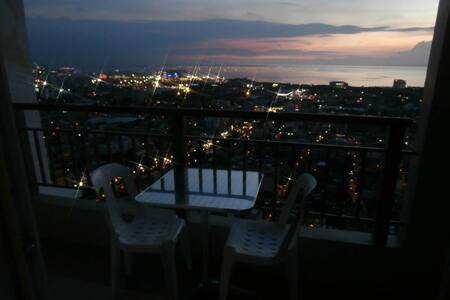 Top of the world bayview penthouse - Manila - Condominium