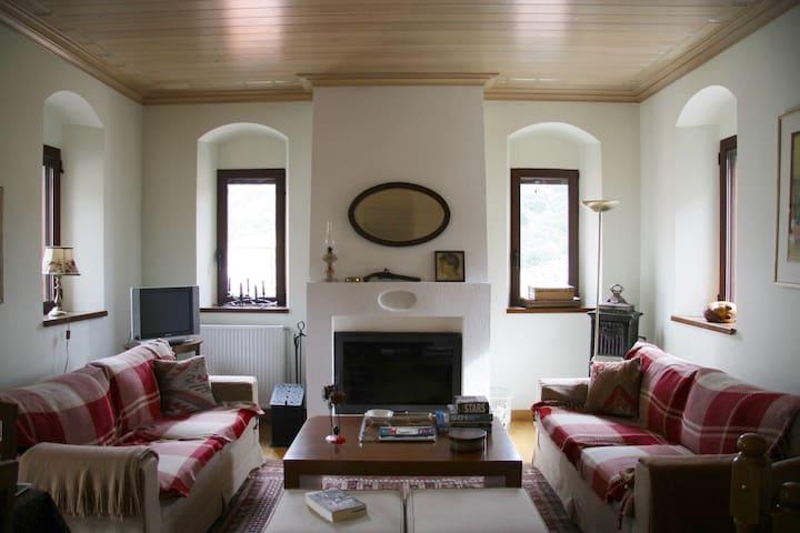 Rustic home in heart of Stemnitsa