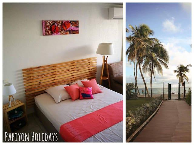 "Studio Accès direct plage ""Papiyon Holidays"""