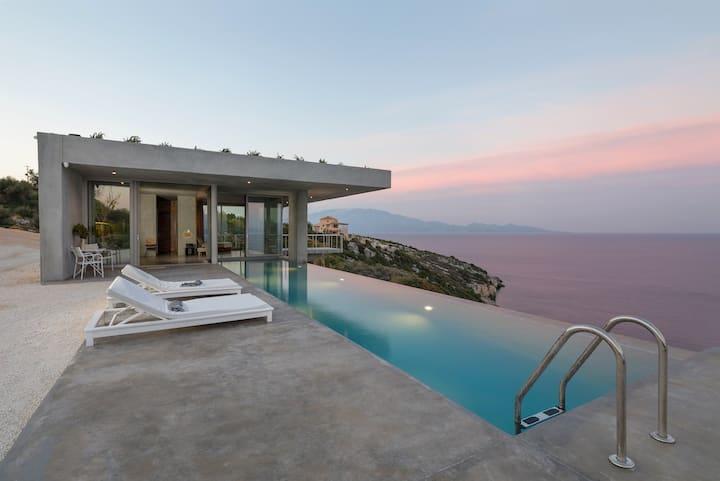 Greek hideout - Designer Villa