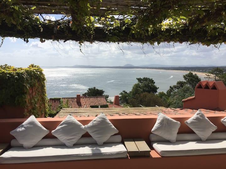 Las mejores vistas de Punta Ballena, Mar y Montaña