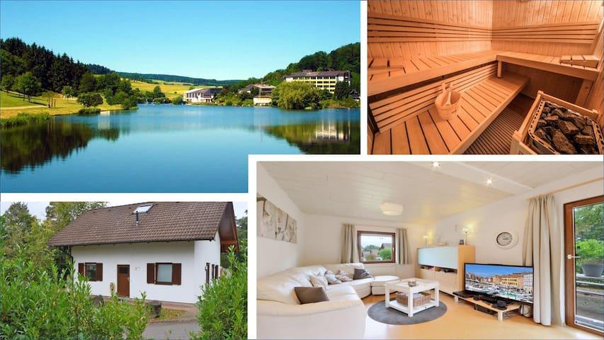 Ferienhaus bei Anne (eigene Sauna, Wald, See, AC)