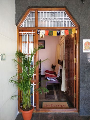 Fully furnished spacious 2 bedroom private house