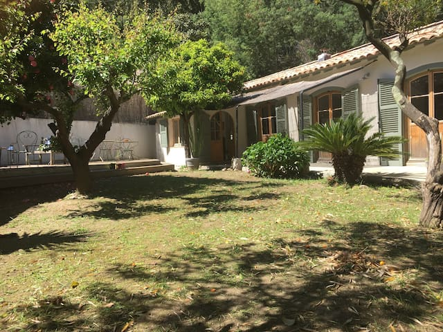 Maison de charme rénovée - Rayol-Canadel-sur-Mer - House