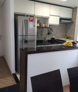 Apartamento próximo Metrô Tucuruvi e GRU - Daire