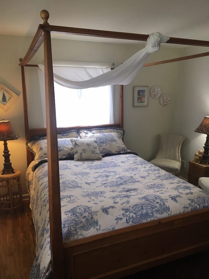 Chalet bedroom on the Mad River Byway