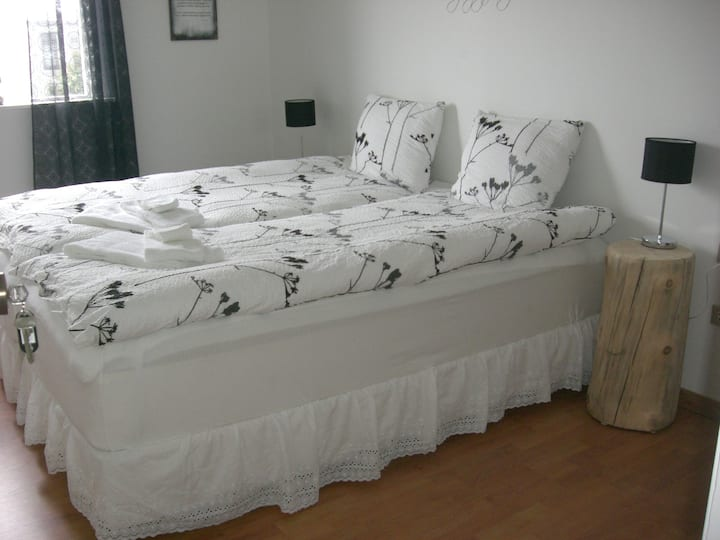Guesthouse Galleri leirbrot