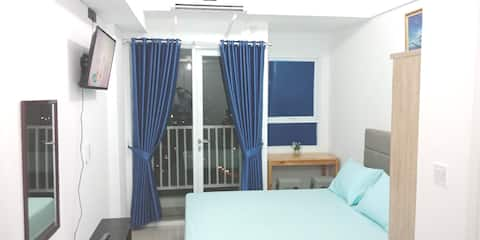 Comfy Smart TV Room studio apartment PORIS 88