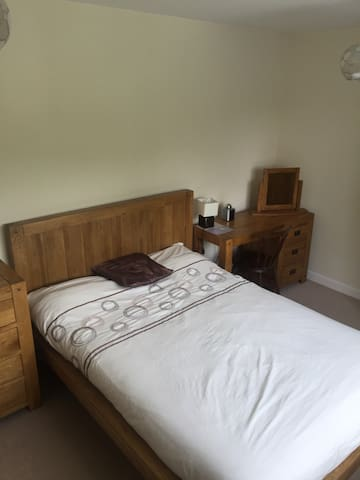 Double Room & Sink £29 per person - Romsey - Dom