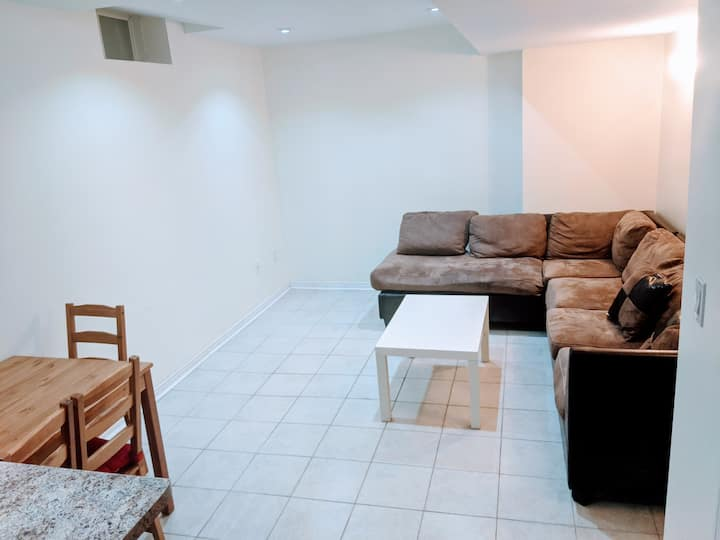 COZY 2- BEDROOMS PRIVATE BASEMENT IN  MARKHAM