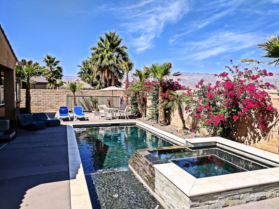 Private Spa/Pool - Mountain Views - Outdoor dining table