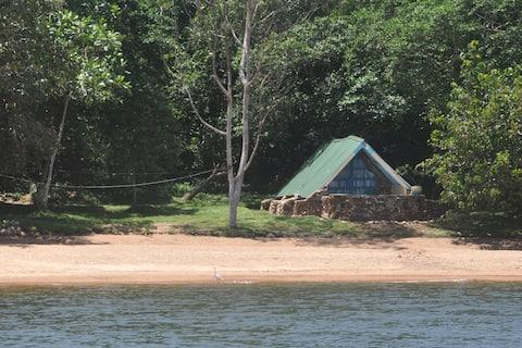 Banda Island - Beach Cabin (Odile)