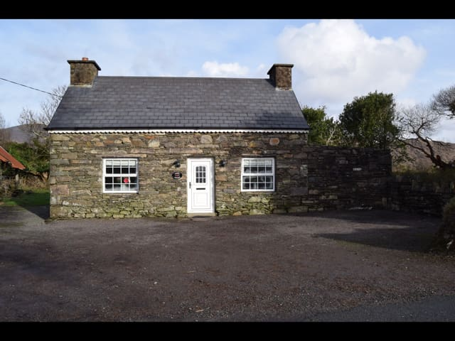 Annie's Cottage - Ring of Kerry - Sneem - Rumah
