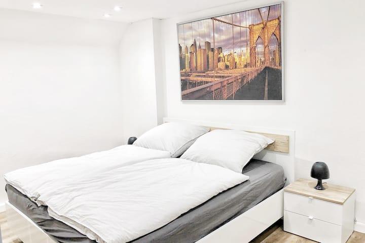 WU03 frisch renovierte, zentrale Wohnung mit LCD TV und gratis WLAN