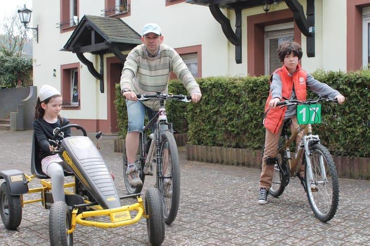 Actieve vakantie in hartje Eifel - Kerpen - Daire