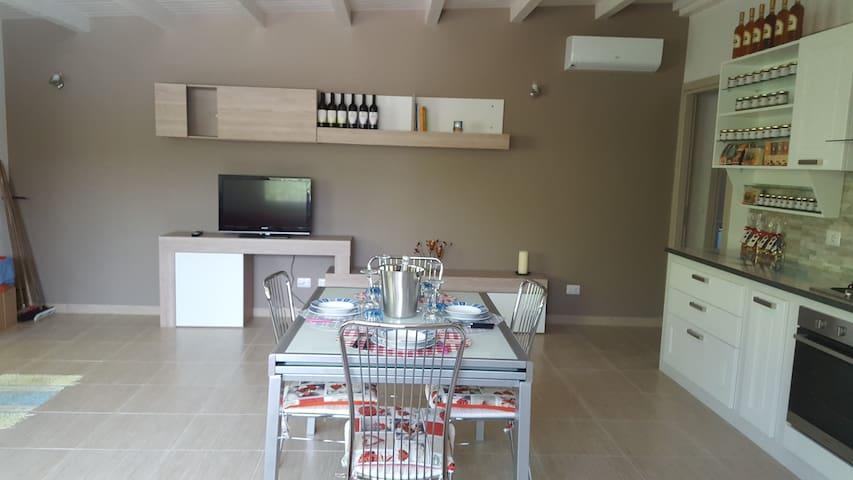 Villa a Mascali