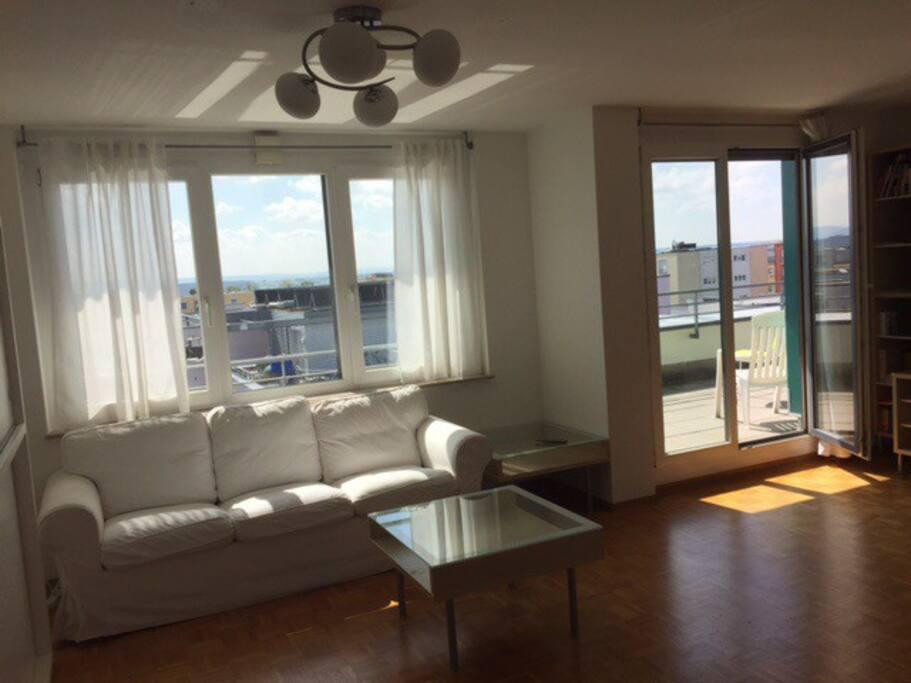 tolles zimmer in penthouse wohnungen zur miete in stuttgart bw deutschland. Black Bedroom Furniture Sets. Home Design Ideas