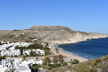 Apartamento con vistas en Agua Amarga