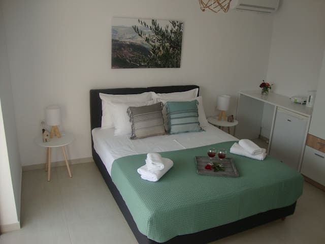 Studio Vasileios -Luxury Guest Room in Spili