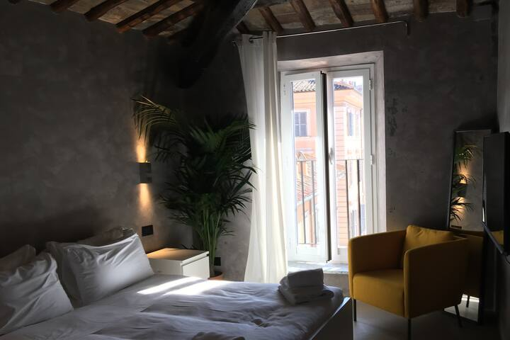 CAMPO DE FIORI - MAMA'S LOFT SUITE 4TH FLOOR