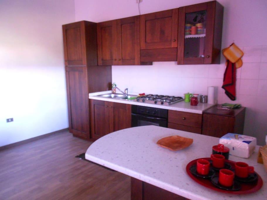 Cucina con tazzine