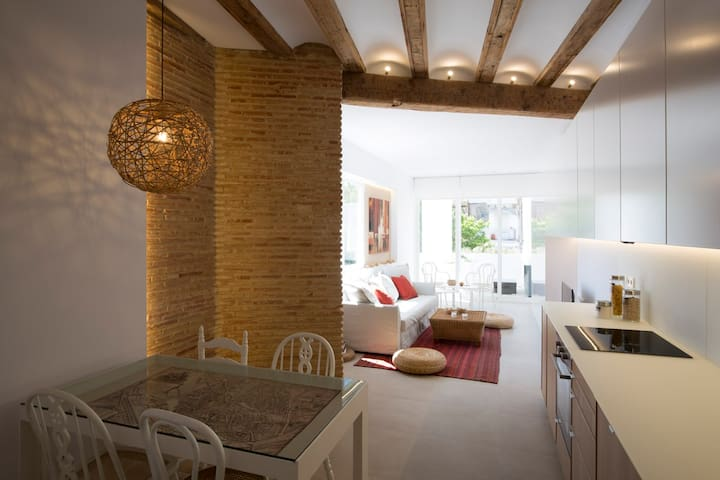 Apartamento de diseño, terraza, centrico, jardin. - València - Appartement