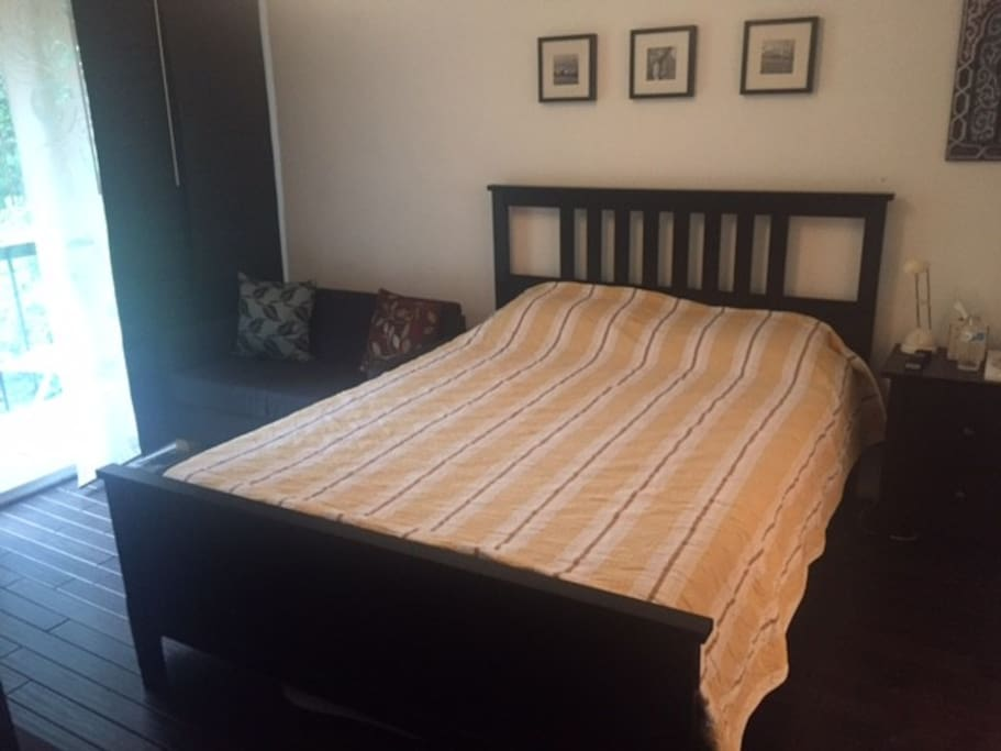 Master Bed Room - Condominiums for Rent in Newtown ...