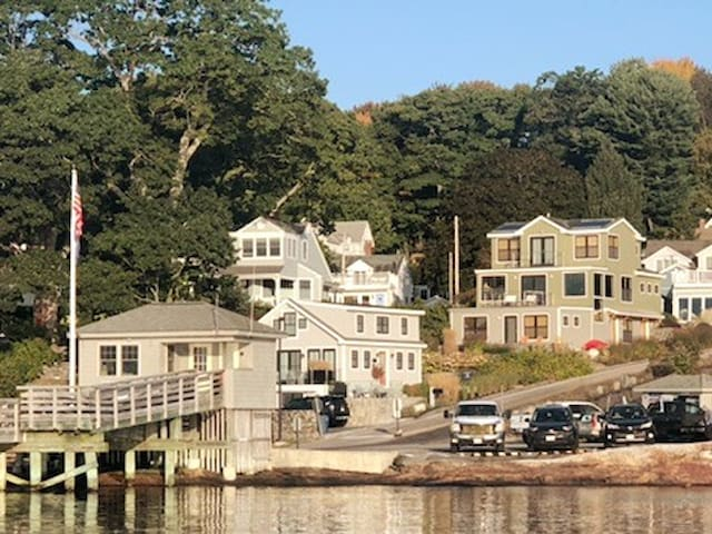 Sandy Cottage, Falmouth Foreside at Town Landing