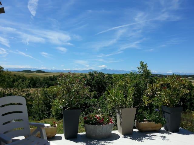 Maison avec vue sur les Pyrénées - Hounoux - Дом