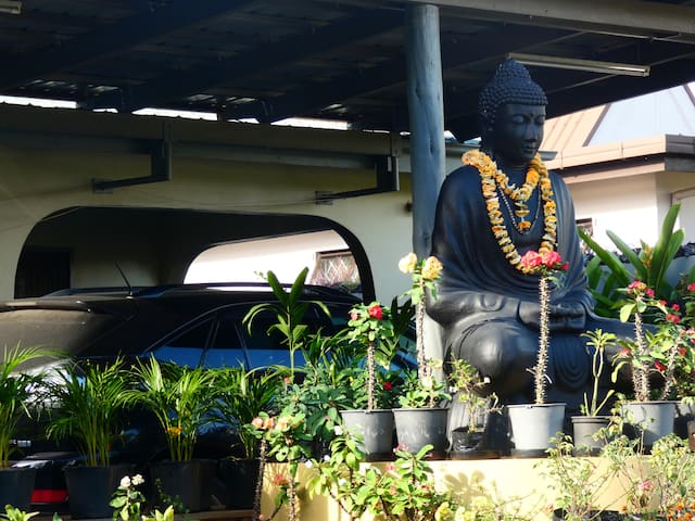 A Majestic Buddha Statue To Sit and relax around